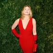 Kim Cattrall: Gloves Are Dated