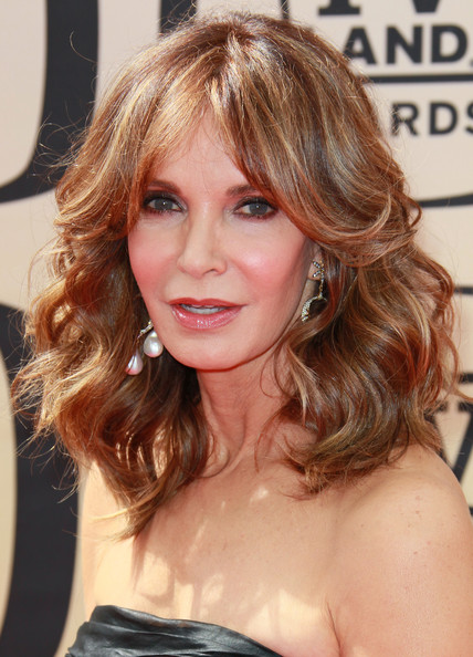 Jaclyn Smith S Feathered Hairstyle Gorgeous Hairstyles For