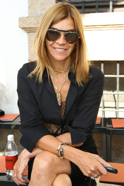 Carine Roitfeld's Mid-Length Hairstyle