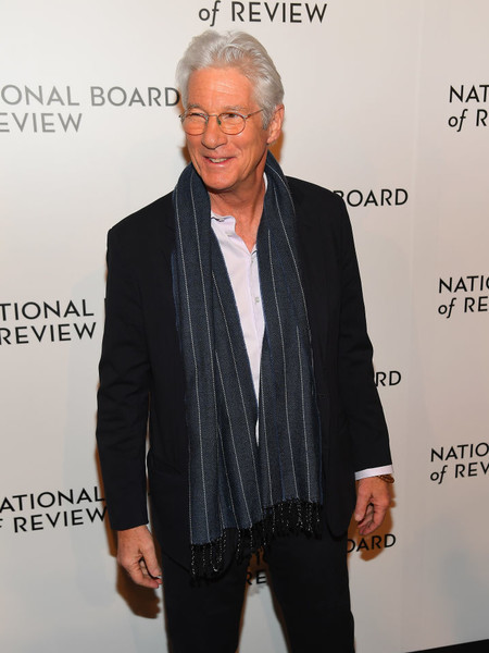 Richard Gere - Celebs Who Love Their Gray Hair - It\'s Rosy
