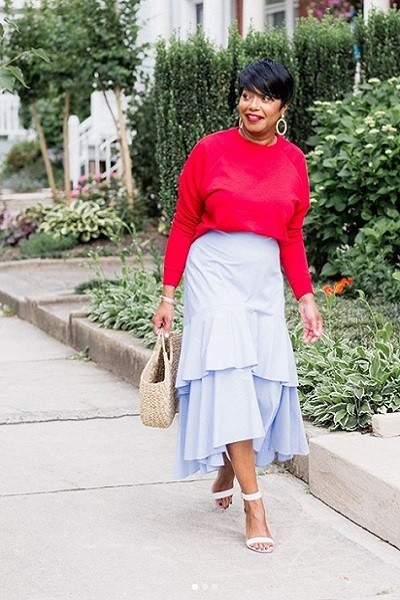 Statement Skirts With Sweaters