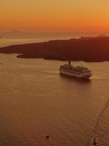 Last-Minute Travel Tip #3: Go On A Cruise