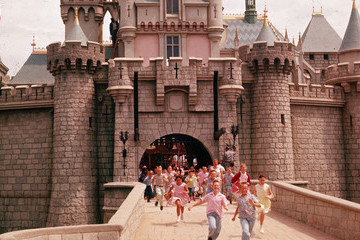 See Rare Vintage Pics Of Disneyland In Its Early Days