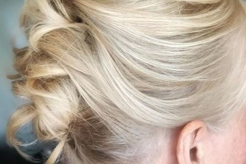 Gorgeous Updos For Women Over 50